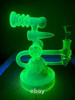 1 Yellow Vaseline Glass Water Pipe Glows! Bowl Included
