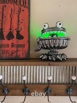 Bath & Body Works Halloween 2021 Monster/Pedistal Light Up 3 Wick Candle Holder