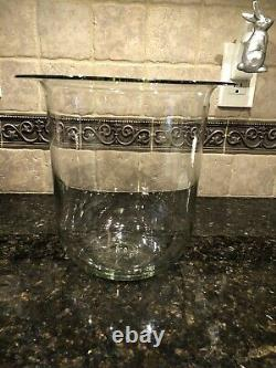 PARTYLITE SEVILLE 3-WICK WROUGHT IRON CANDLE STAND withHURRICANE GLASS CANDLEHOLDE